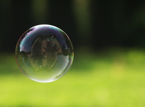 1247574_79127982 Soap Bubble
